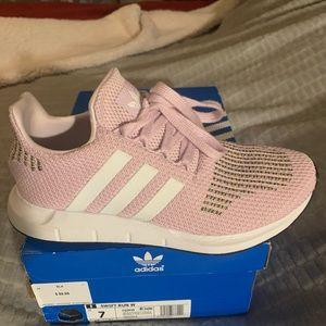 Swift Run Adidas